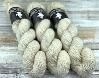 Gold Stellina | Eggnog | Hand Dyed Yarn | Superwash wool