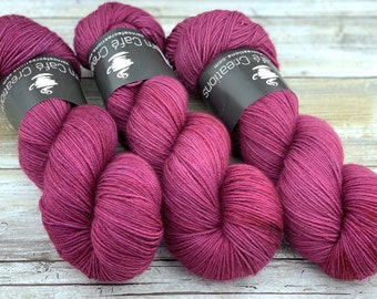 100% Merino SW Fingering Weight | Jupiter | Hand Dyed Yarn | Superwash wool