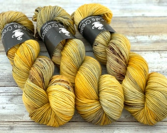 100% Merino SW Fingering Weight | Harvest Moon | Hand Dyed Yarn | Superwash wool