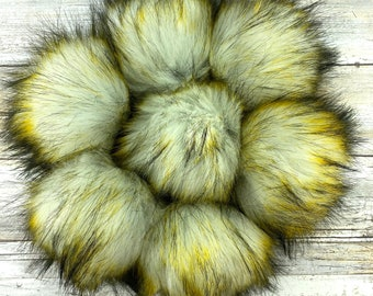 Sunshine | Pom Pom | Snap on Pom Pom | Faux Fur Pompom