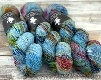 2-ply Fingering Weight | Blooming | Hand Dyed Yarn | Superwash Merino Wool