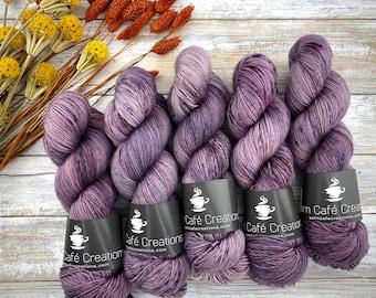 Polwarth Fingering Weight | Plum Puddin' | Hand Dyed Yarn | Superwash Polwarth
