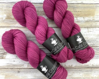 Polwarth Fingering Weight | Jupiter | Hand Dyed Yarn | Superwash Polwarth