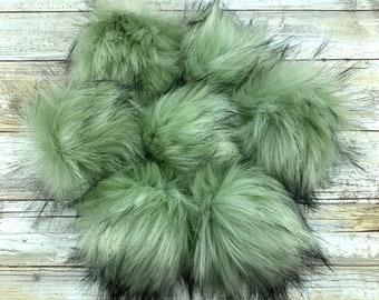 Magic Moss | Pom Pom | Snap on Pom Pom | Faux Fur Pompom