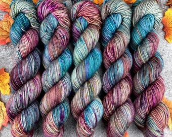 Veranda BFL DK Weight | 100% SW Blue-Faced Leicester Wool | Minty Kiss Cocoa | Hand Dyed Yarn | Superwash wool