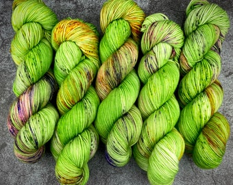 Polwarth Fingering Weight   100% Superwash Polwarth Wool   Creature   Classic Halloween Collection   Hand Dyed Yarn