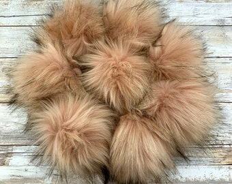 Mystic Mauve | Pom Pom | Snap on Pom Pom | Faux Fur Pompom