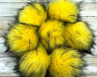 Daffodil   Pom Pom   Snap on Pom Pom   Faux Fur Pompom