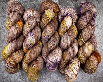 Polwarth Fingering Weight   100% Superwash Polwarth Wool   Howl   Classic Halloween Collection   Hand Dyed Yarn