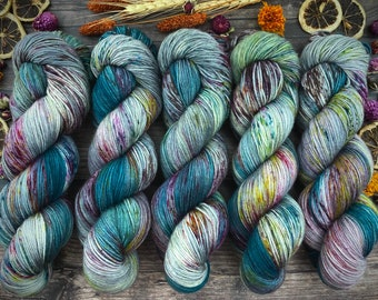 Worsted Weight   September Storm   Hand Dyed Yarn   Superwash wool