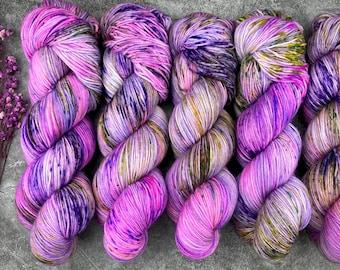 Glacé Silver Stellina   Huckleberry Pie   Hand Dyed Yarn   Superwash wool   4-ply