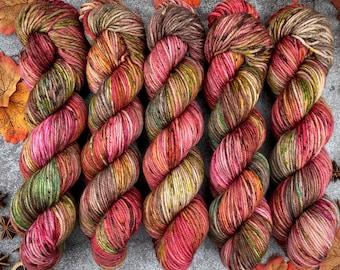 Worsted Weight   Cinnamon Pumpkin Latte   Hand Dyed Yarn   Superwash