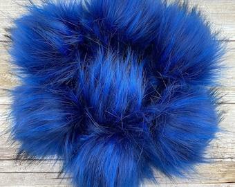 Royal   Pom Pom   Snap on Pom Pom   Faux Fur Pompom