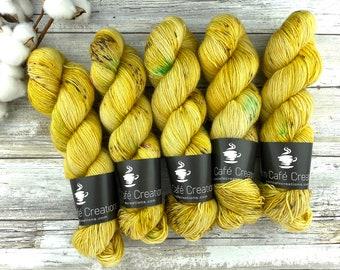 Merino/Linen Blend SW Fingering Weight | Golden Delicious | Hand Dyed Yarn | Superwash wool