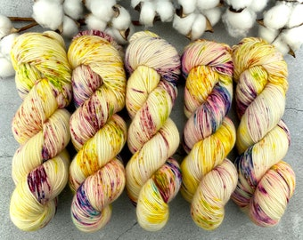 Merino/Linen Blend SW Fingering Weight | Lemon Meringue | Hand Dyed Yarn | Superwash wool