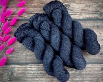 Biscotti DK Weight | 85% SW Merino Wool/15 Nylon | Mascara | Hand Dyed Yarn | Superwash
