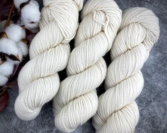 DK Weight   Ivory   Non-Superwash Merino Wool   Hand-Dyed Yarn