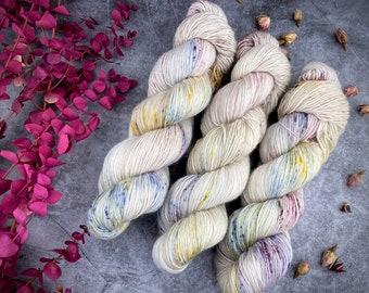 Merino/Linen Blend SW Fingering Weight | Dried Rose Petals | Hand Dyed Yarn | Superwash wool