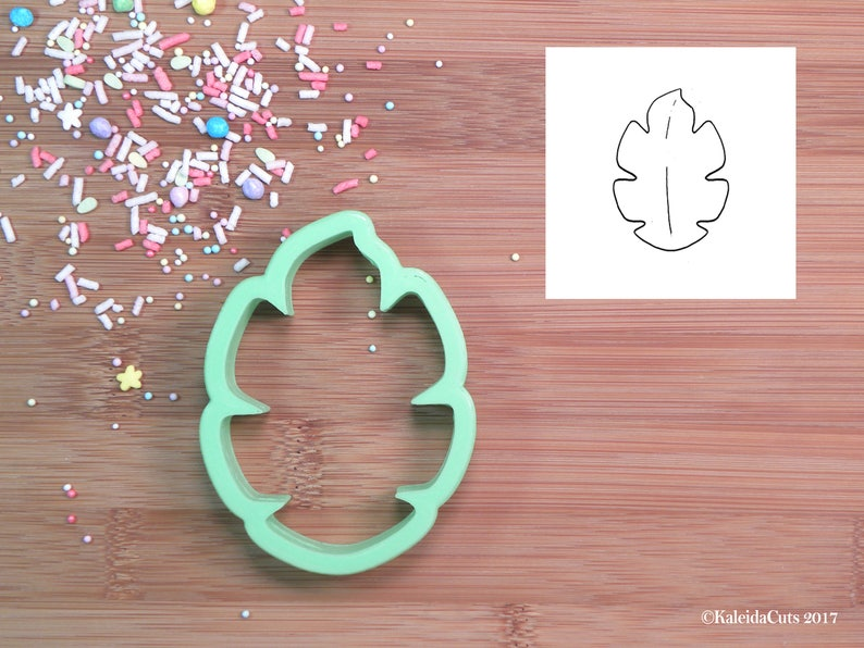 Tropical Leaf Cookie Cutter image 0