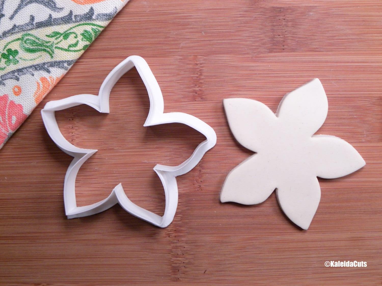Hibiscus flower cookie cutter etsy image 0 image 1 izmirmasajfo