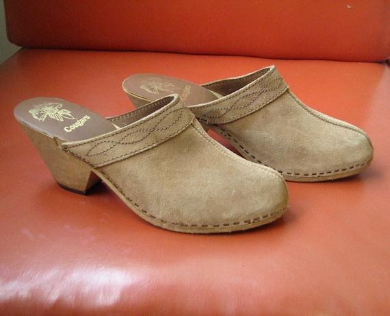 Vintage 70s Suede Clogs - 1970s Cougar Suede Faux