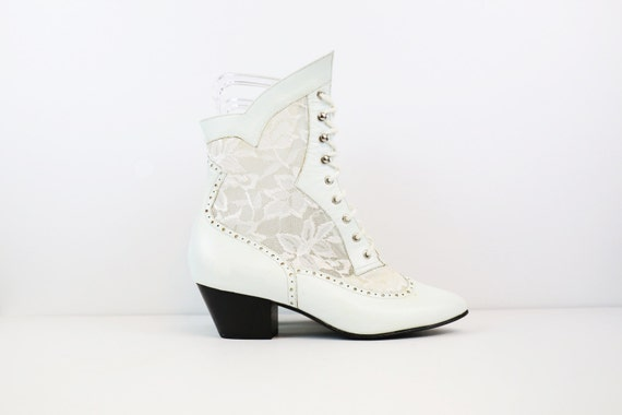 Vintage 80s White Leather & Lace Victorian Style L