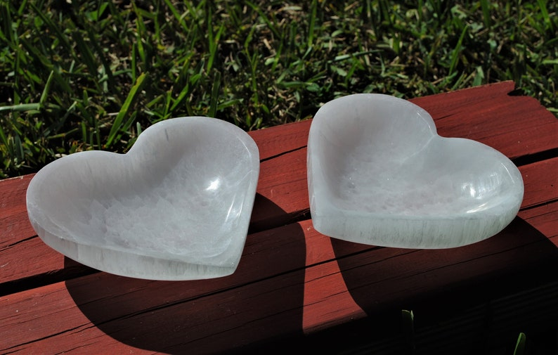 Selenite Heart Bowl image 0