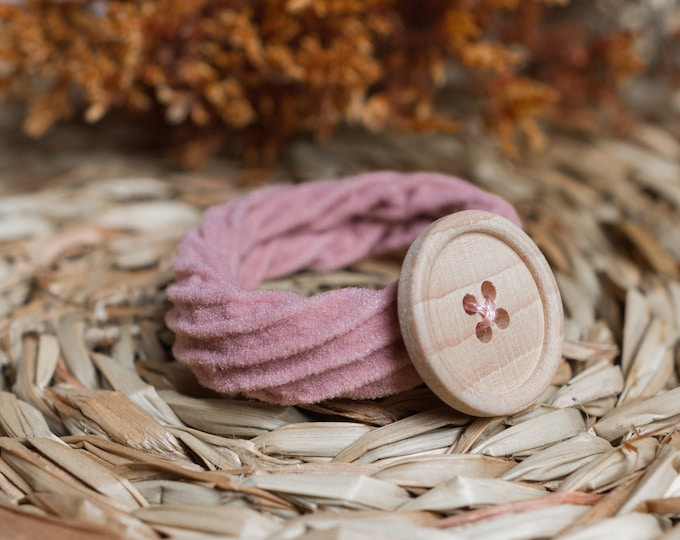 Featured listing image: Coletero button - Powdered Pink
