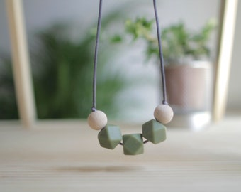 Lactation necklaces-Green Amazon-BPA Free