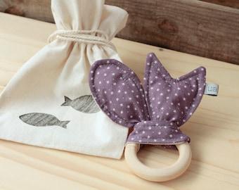 "Natural Wood Teether | ""Peixets"" Lilac"