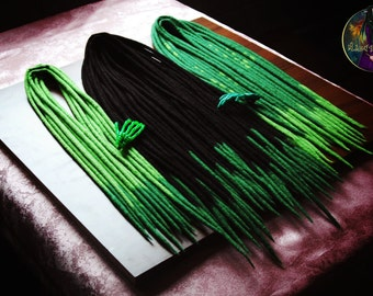 Set of wool dreads (black,green)