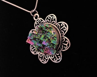 Flower style Bismuth Crystal Pendant /necklace /pendant /crystal /luminescent /rainbow /rare /jewelry