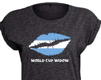Argentina World Cup Widow Trendy Kiss T-Shirt, Original Tee Distressed Argentinian Flag Design, 4 Color and 5 Size Options