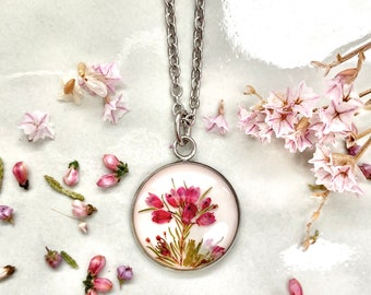 Real heather pendant, Necklace with real flowers, Heather necklace, Genuine flowers necklace, Luck charm, Pressed flowers jewelry