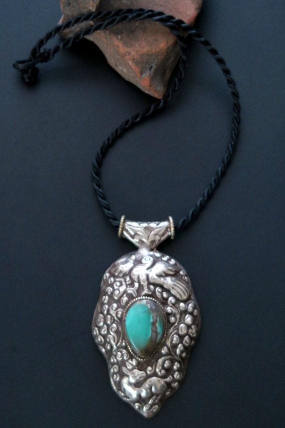 Smoky Quartz Necklace Pendant Handmade Ethnic Jewelry Women Jewelry Jewelry Making Gemstone Tibetan Silver Pendant with Green Amethyst