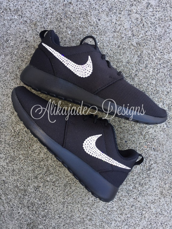Swarovski Women s Black NIKE Roshe ONE or TWO with Clear  40d6e1757c