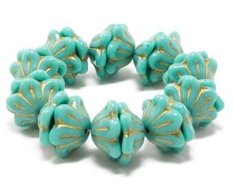 Baby blue czech glass Bell flower 25PC 3 petal Beads 12x9mm pale blue bellflower beads