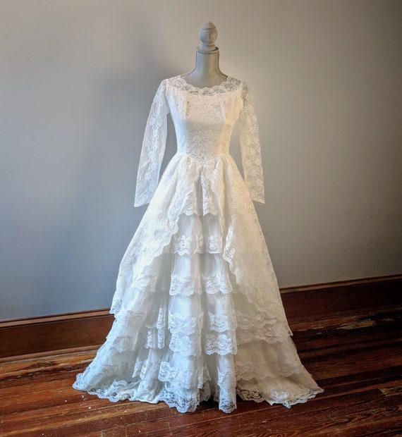 1950's Vintage Long Sleeve Lace White Wedding Gown