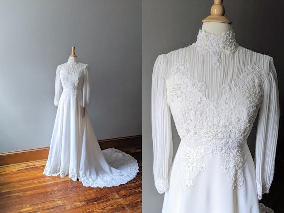 Vintage Boho Chiffon Wedding Dress, Long Sleeve We