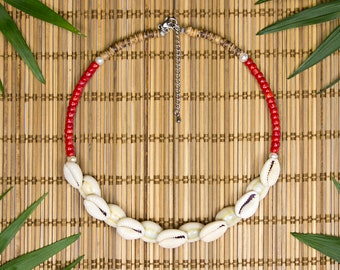 Choker in Tahiti shells and Red coral, coral and cowry necklace, chic Choker in Polynesian shells and coral