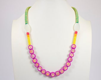 Half-long colored necklace made of polymer paste and vinyl stripes. Multicolored necklace. Single piece necklace. Handmade jewel with bright colors