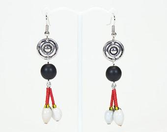 Ethnic earrings 3 seeds. Original earrings. Ethnic jewelry with seeds. Jewel natural seeds.
