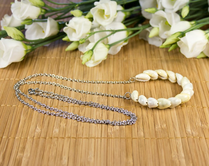 Featured listing image: Long necklace necklace ring of seashells on chain, long necklace pendant circle in Polynesian seashells, jewelry in cauris, necklace necklace cauris