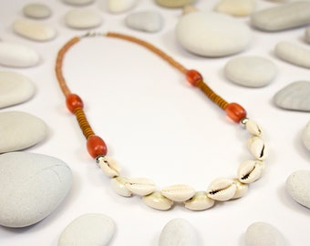 Mid-long necklace, seashells and autumn colors