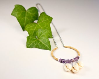 Chain necklace with amethyst pendant and shells, fine stone and cauris jewelry, ring pendant necklace, purple pendant chain