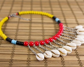 Short necklace shells in multicolored charms version. Ras of curd. Shell plastron necklace. Trending ethnic jewelry