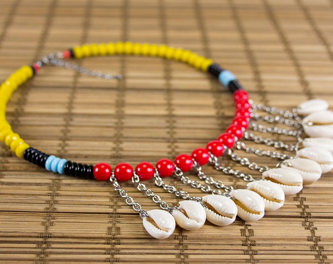 Featured listing image: Short necklace shells in multicolored version charms. Ras of neck cauris. Collar plastron seashells. Ethnic shell jewelry