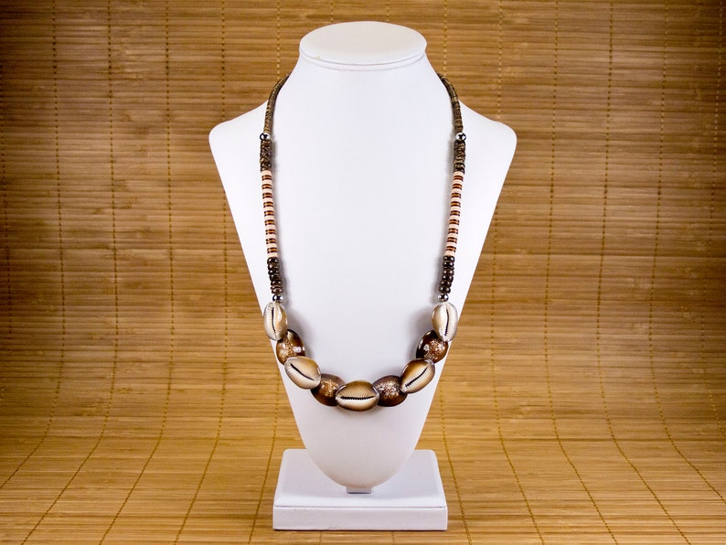 Unisex ethnic necklace in shells coconut rings and vinyl strips Men/'s curd necklace Unisex brown curse jewel