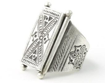Sterling Silver Muscat Ring, Large, Full Finger, Shield, Statement Piece, Organic, Boho, Bohemian, Hippie, Gypsy, Festival Jewelry