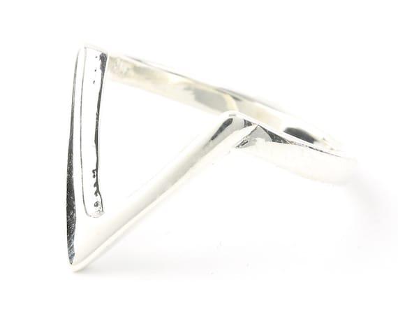 Sterling Silver V Ring, Modern ring, Minimalist Ring, Stacking Ring, Boho Ring, Gypsy Ring